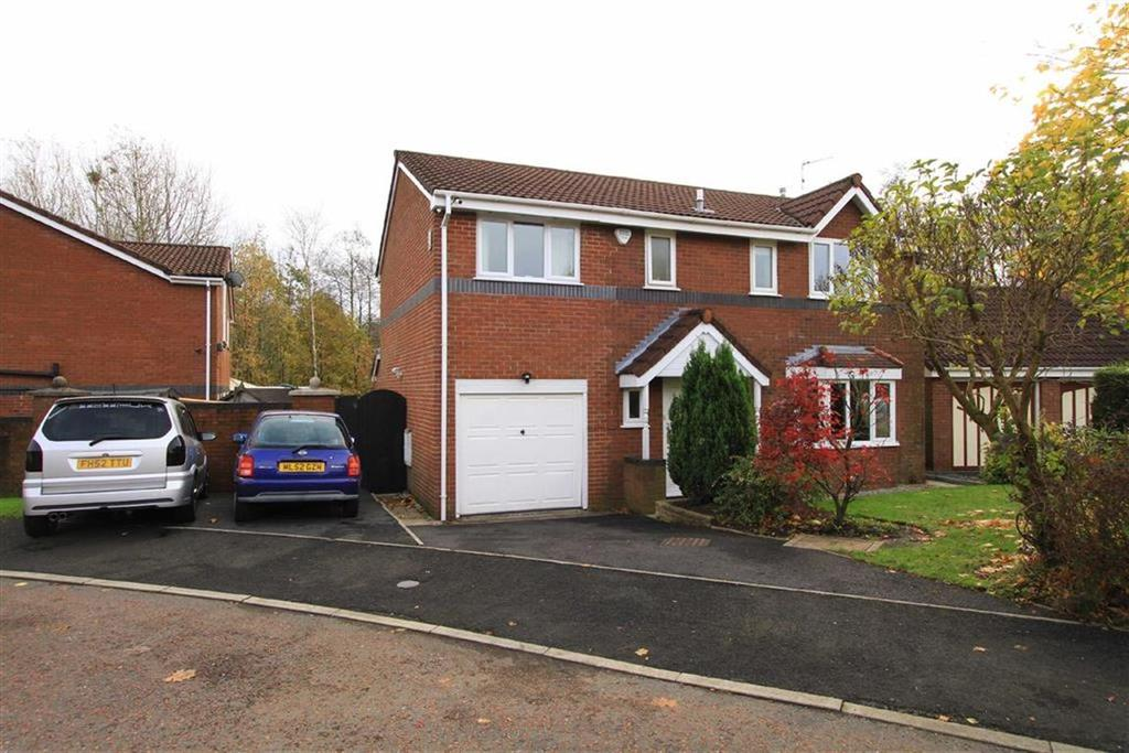 4 Bedrooms Detached House for sale in 4, Traylen Way, Norden, Rochdale, OL12