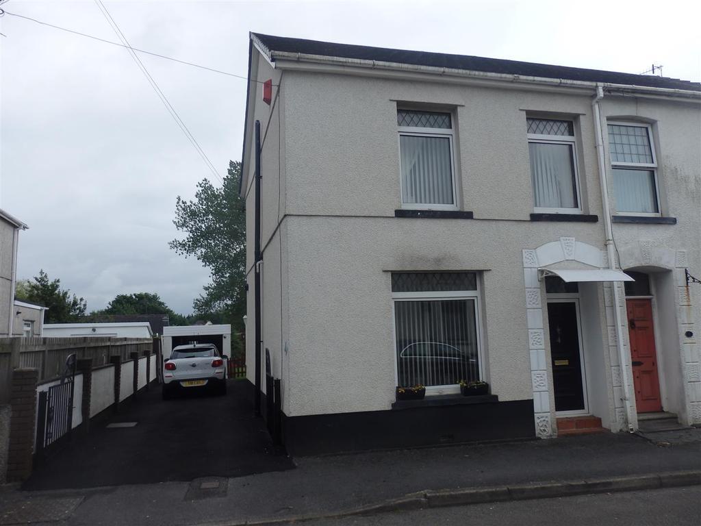 3 Bedrooms Semi Detached House for sale in Berwick Road, Bynea, Llanelli