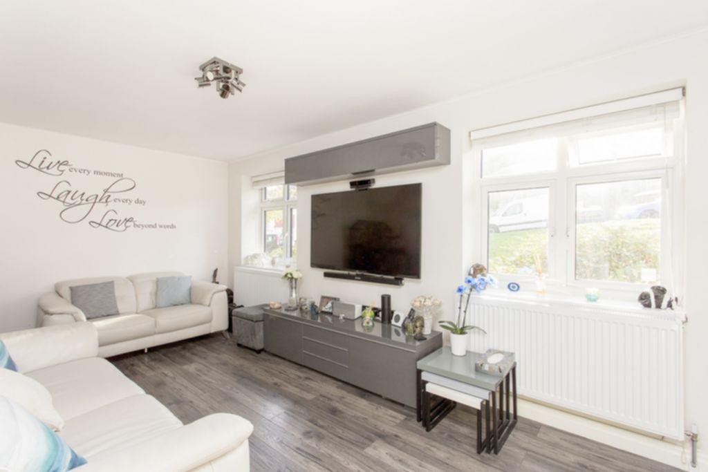 2 Bedrooms Apartment Flat for sale in Elizabeth House, Denham Road, Whetstone, N20