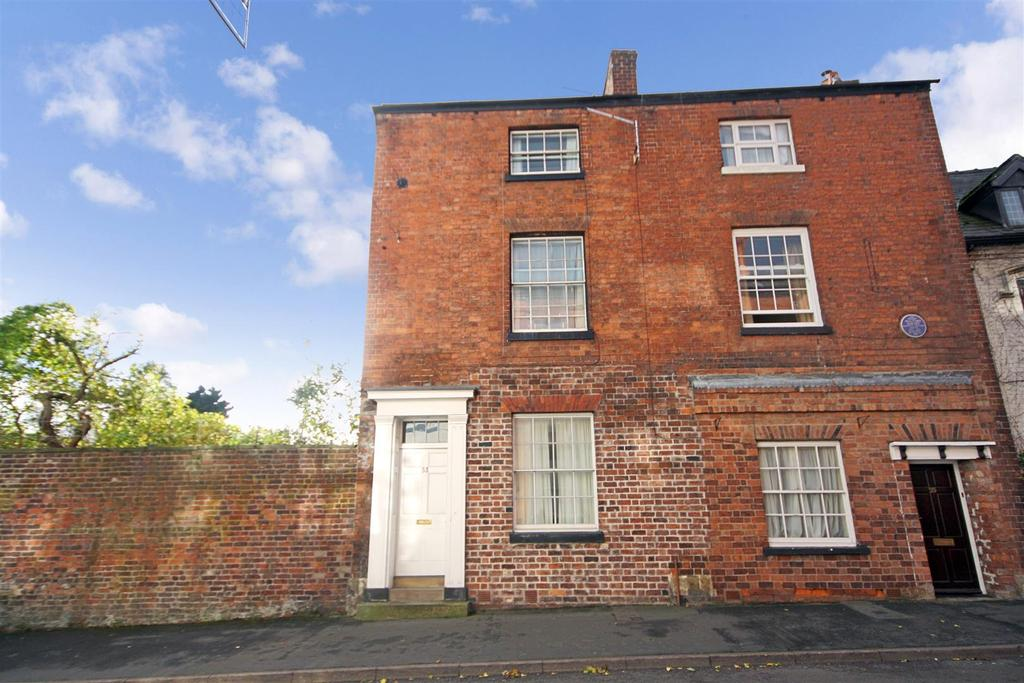 4 Bedrooms End Of Terrace House for sale in Willow Street, Oswestry