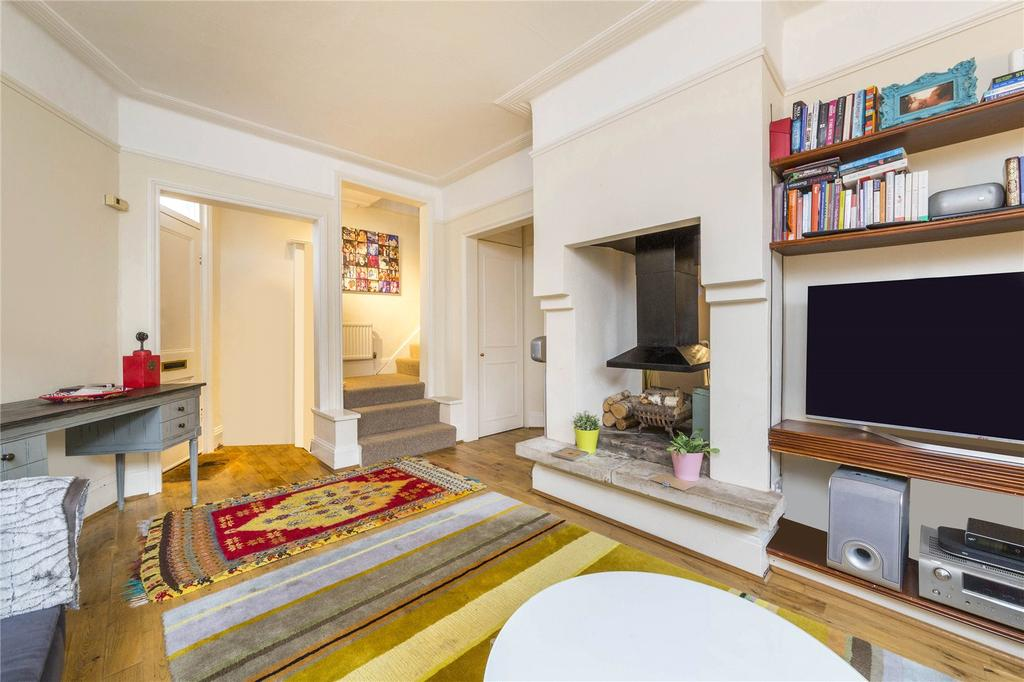 3 Bedrooms End Of Terrace House for sale in St. Georges Road, Chiswick, London