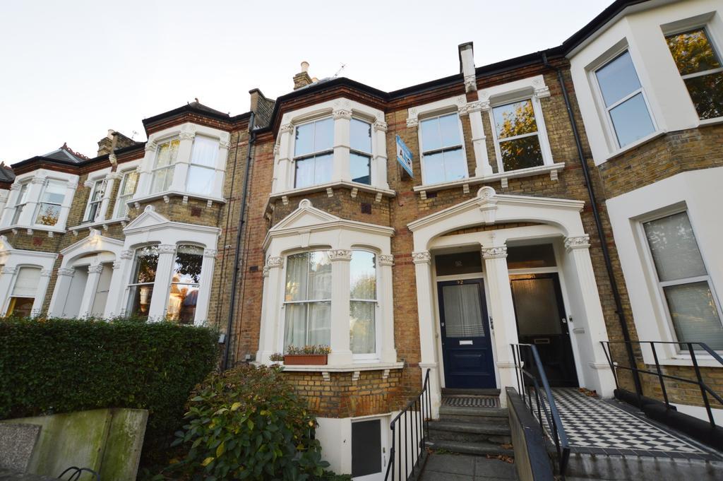 3 Bedrooms Flat for sale in Erlanger Road Telegraph Hill SE14