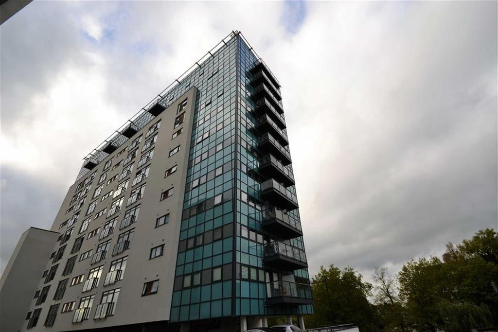 2 Bedrooms Apartment Flat for sale in Colman Parade, Enfield, Middlesex