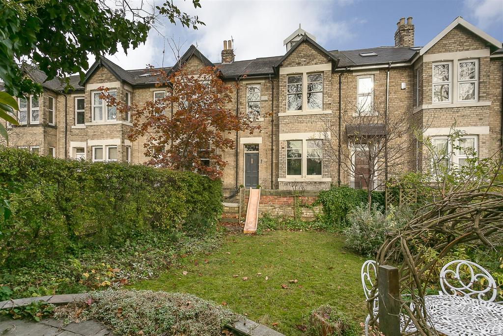 5 Bedrooms Terraced House for sale in Burnside, Spital Tongues, Newcastle upon Tyne