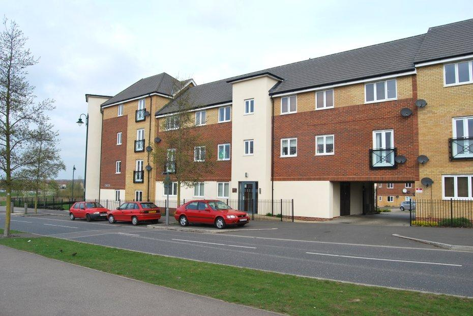 2 Bedrooms Apartment Flat for sale in Hampton Vale, Pete PE7