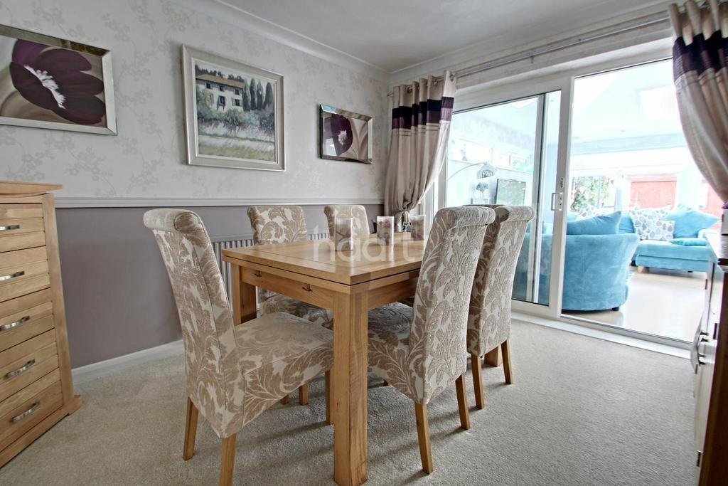 4 Bedrooms Detached House for sale in Ramnoth Road, Wisbech