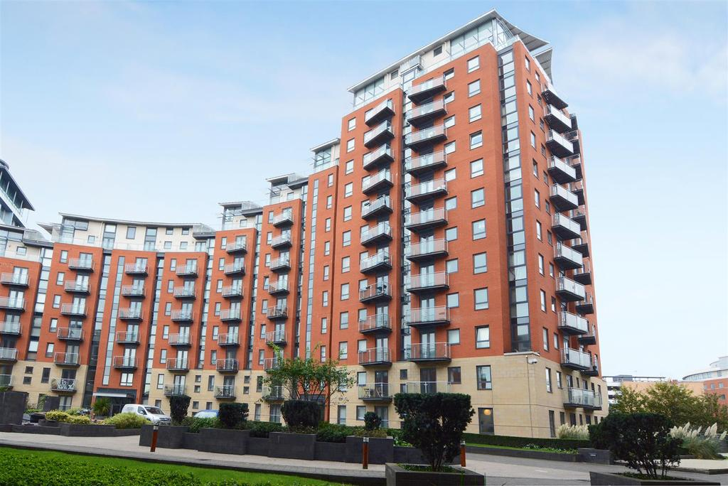 2 Bedrooms Apartment Flat for sale in Santorini, City Island, Gotts Road, Leeds
