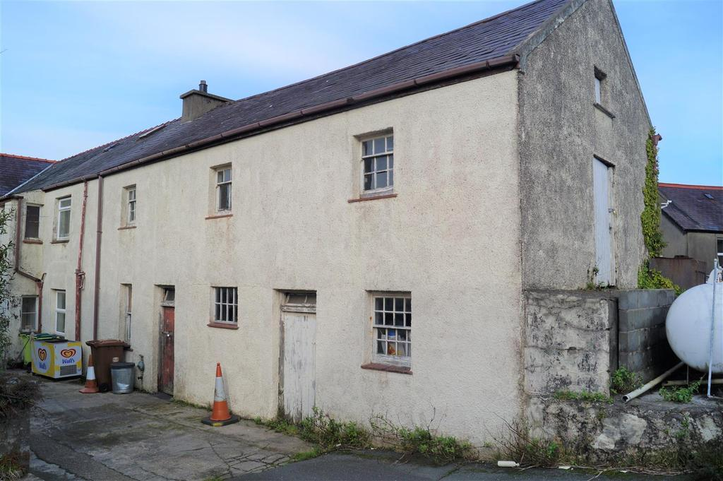 3 Bedrooms Semi Detached House for sale in Lon Uchaf, Morfa Nefyn, Pwllheli