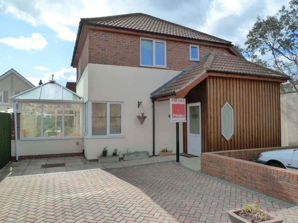 3 Bedrooms Detached House for sale in Oyster Court, Off Brighton Street, Cleethorpes