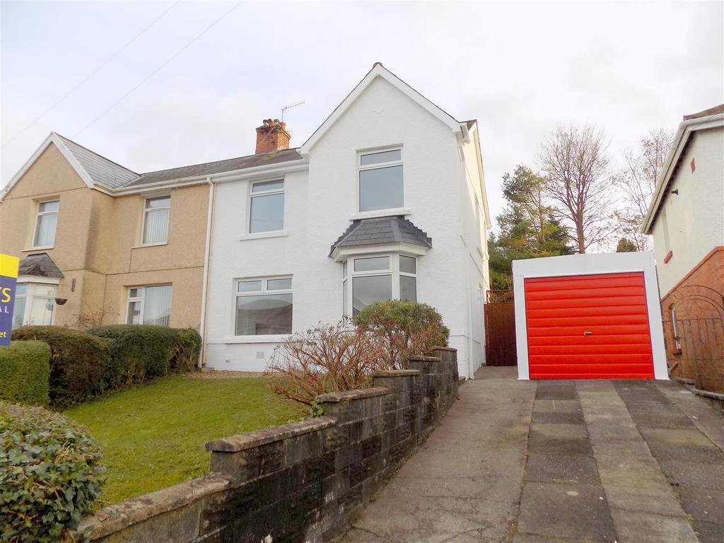 3 Bedrooms Semi Detached House for sale in Wellfield Avenue, Neath