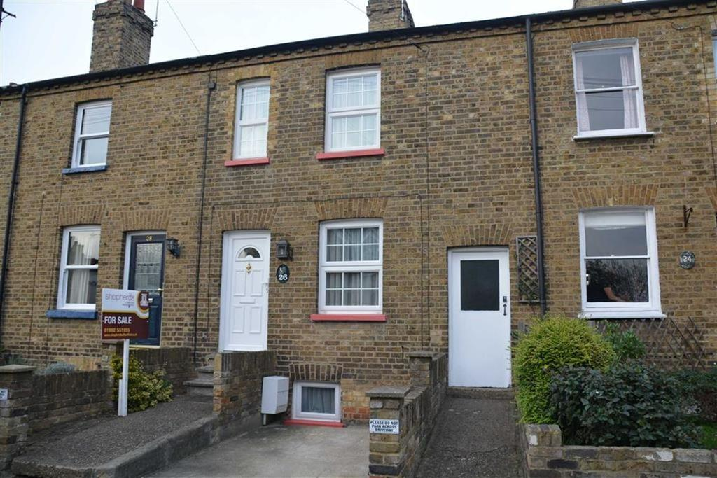 3 Bedrooms Terraced House for sale in Balfour Street, Bengeo, Herts, SG14