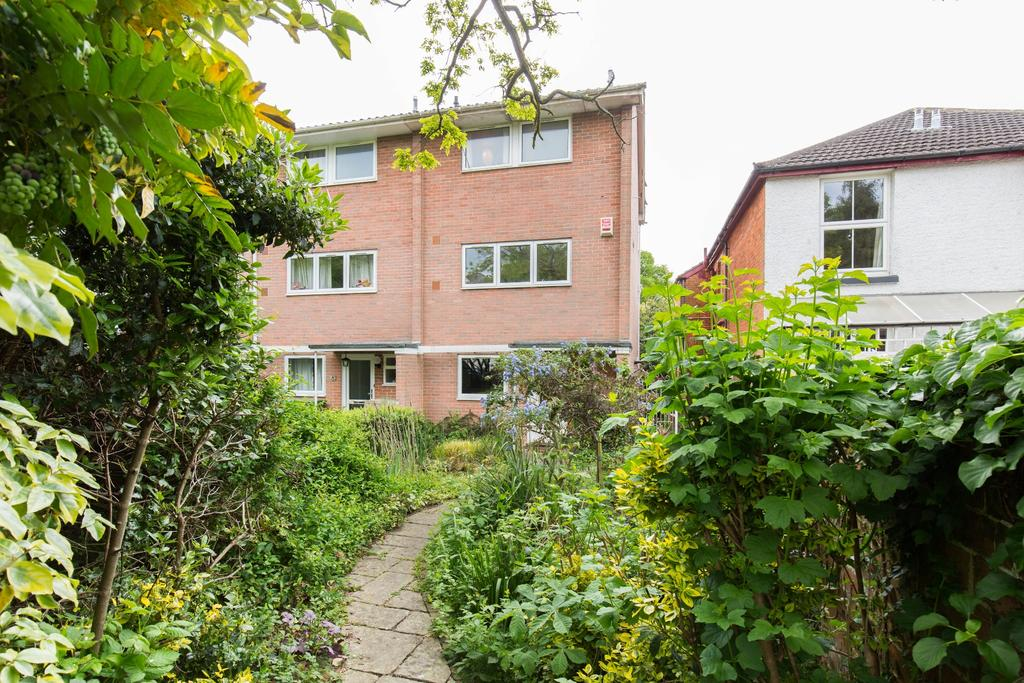 3 Bedrooms Town House for sale in Highfield, Southampton