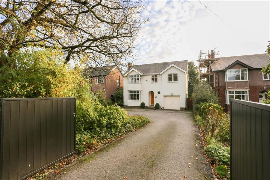 4 Bedrooms Detached House for sale in Stockport Road, Marple, Cheshire