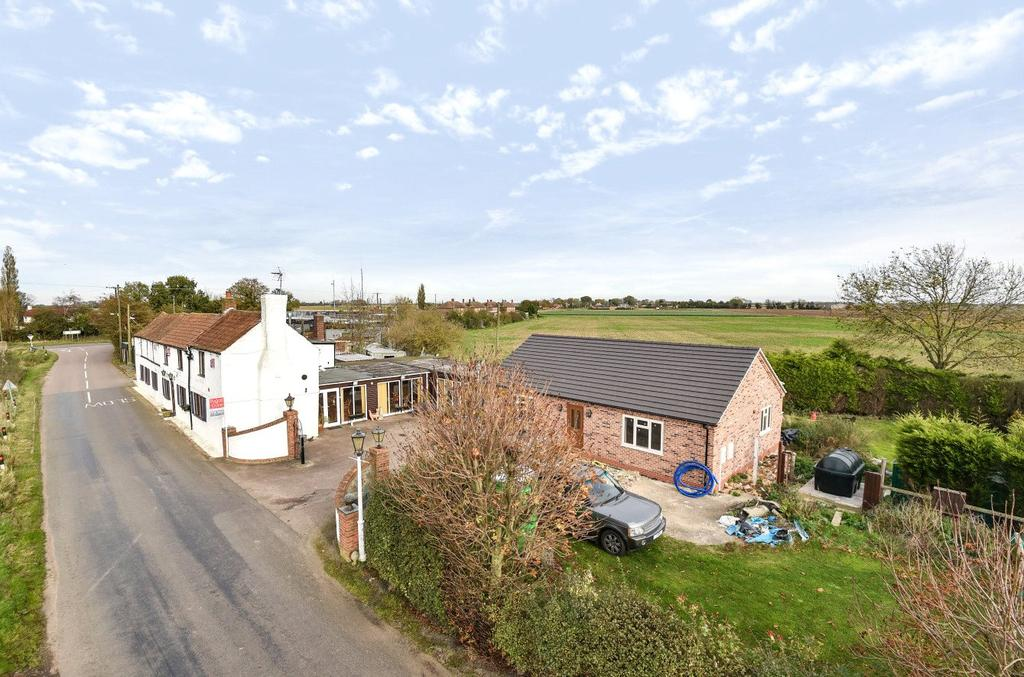 3 Bedrooms Detached House for sale in Beck Bank, Gosberton Clough, PE11