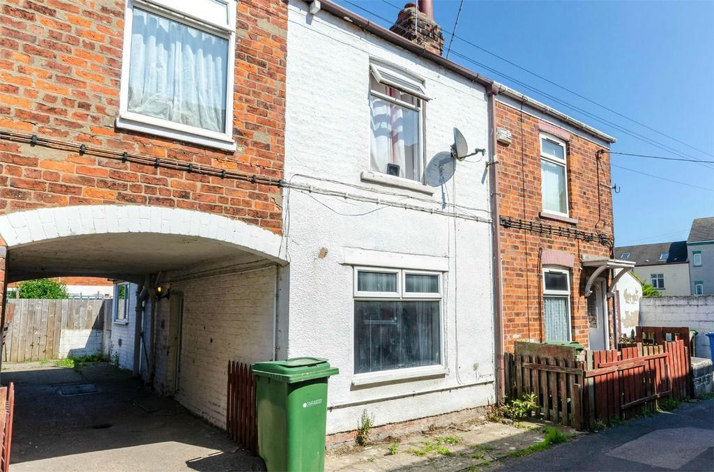 2 Bedrooms Terraced House for sale in Edward Street, WITHERNSEA, East Riding of Yorkshire