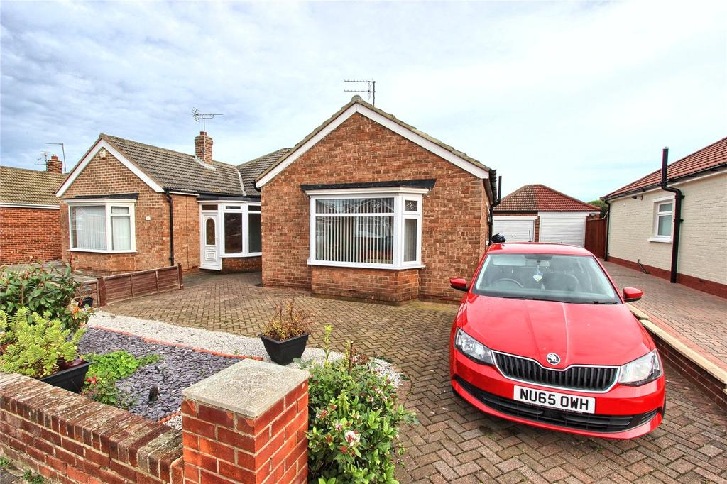2 Bedrooms Semi Detached Bungalow for sale in Blue Bell Grove, Middlesbrough