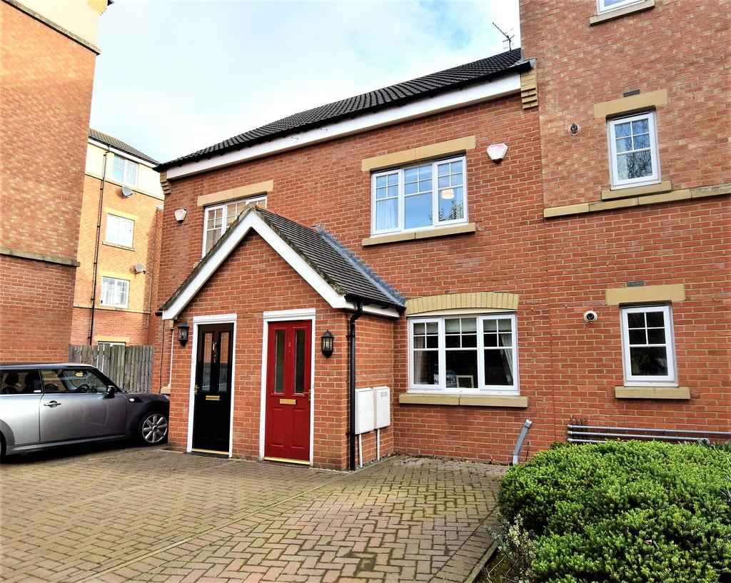 3 Bedrooms Terraced House for sale in St James Village