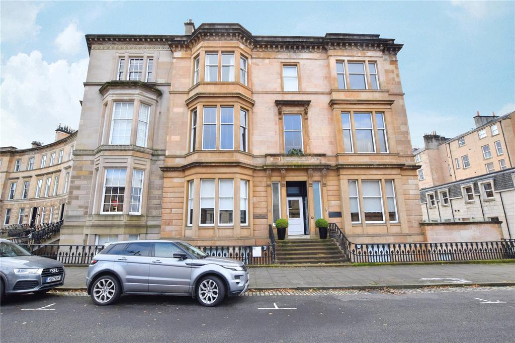 3 Bedrooms Apartment Flat for sale in Ground and Garden (B1), Park Gate, Park, Glasgow