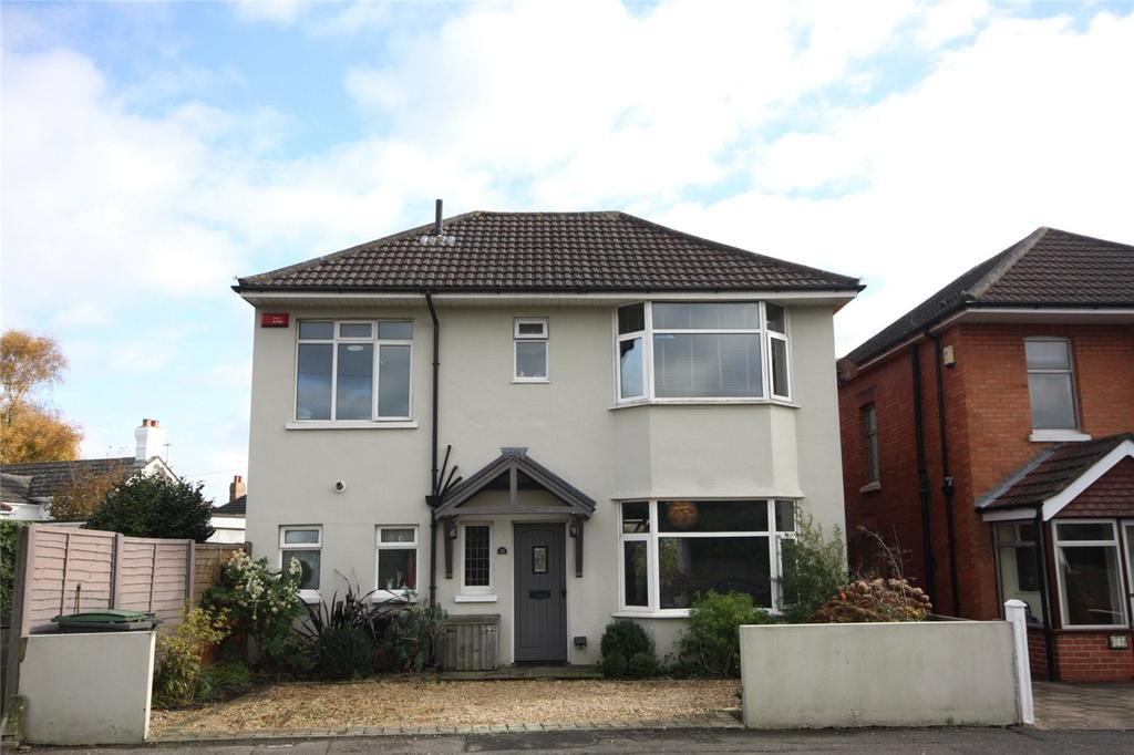 4 Bedrooms Detached House for sale in Mayfield Road, Bournemouth, Dorset, BH9