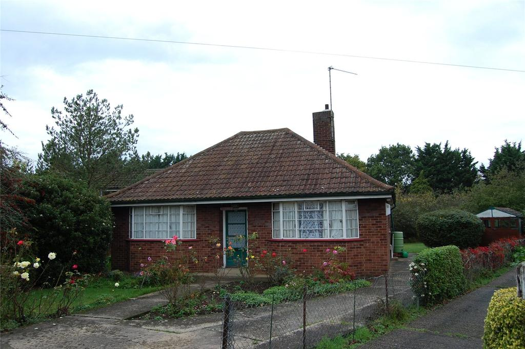 3 Bedrooms Detached Bungalow for sale in Westley Road, Bury St Edmunds, Sufolk, IP33