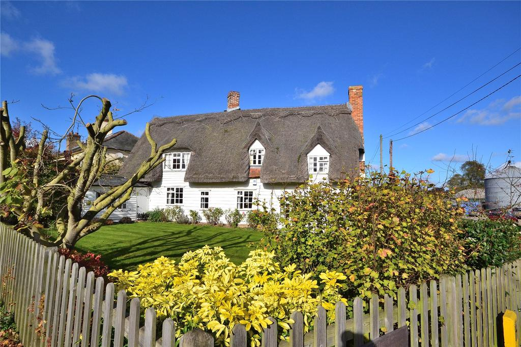 3 Bedrooms Detached House for sale in Shalford Road, Rayne, Braintree, Essex