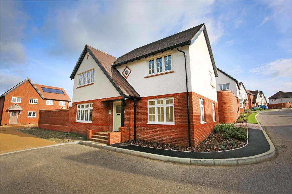 4 Bedrooms Detached House for sale in Yew Gardens, London Road, Waterlooville, Hampshire, PO7