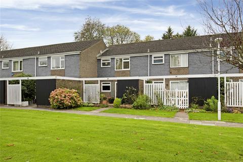 3 bedroom terraced house to rent - Edinburgh Gardens, Windsor, Berkshire, SL4