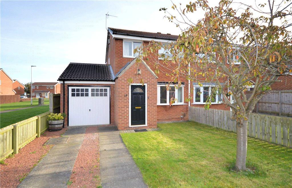 3 Bedrooms Semi Detached House for rent in Garsdale Close, Yarm