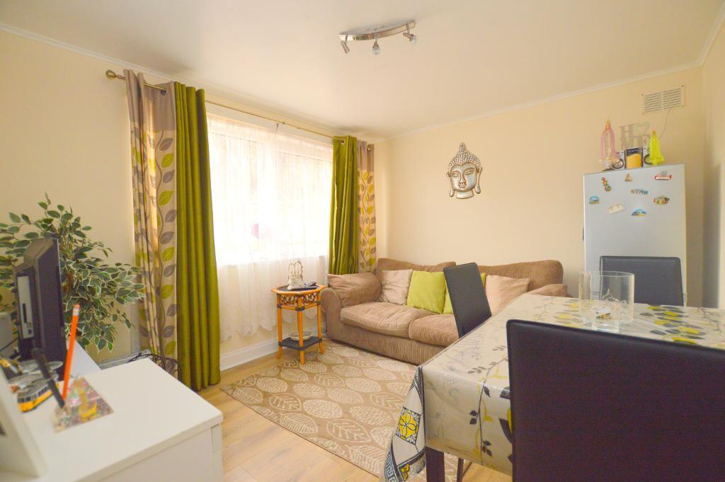 1 Bedroom Apartment Flat for sale in Malzeard Road, Luton, LU3 1BN