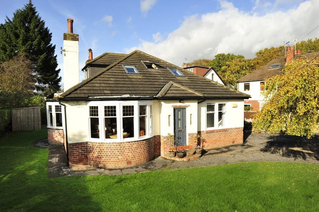 6 Bedrooms Detached Bungalow for sale in St Catherine's Road, Harrogate