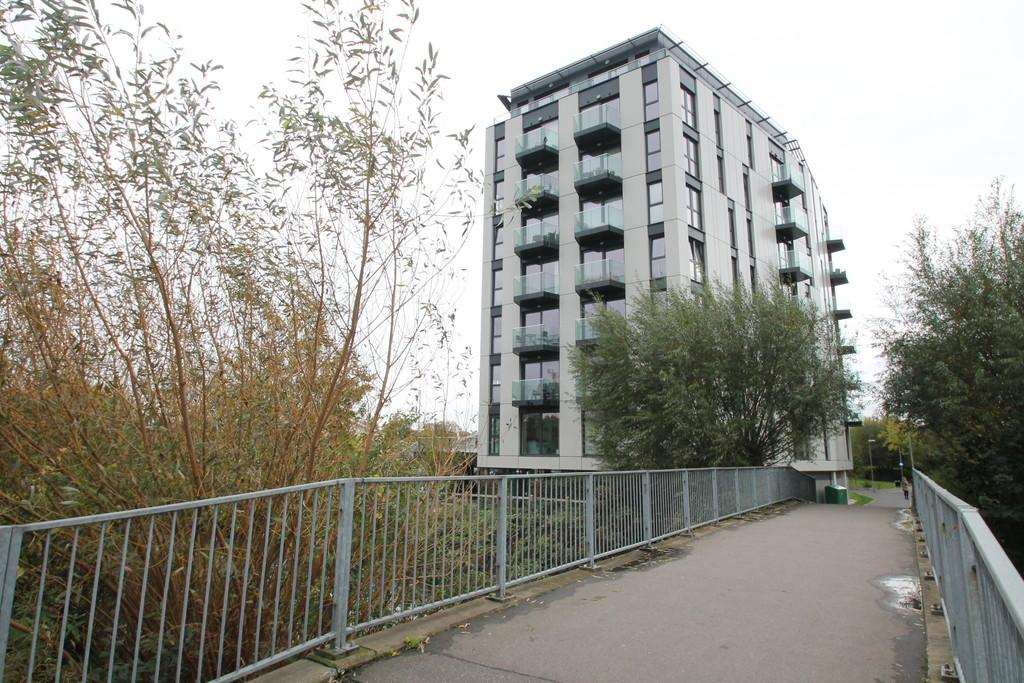 Studio Flat for sale in Century Tower, Shire Gate