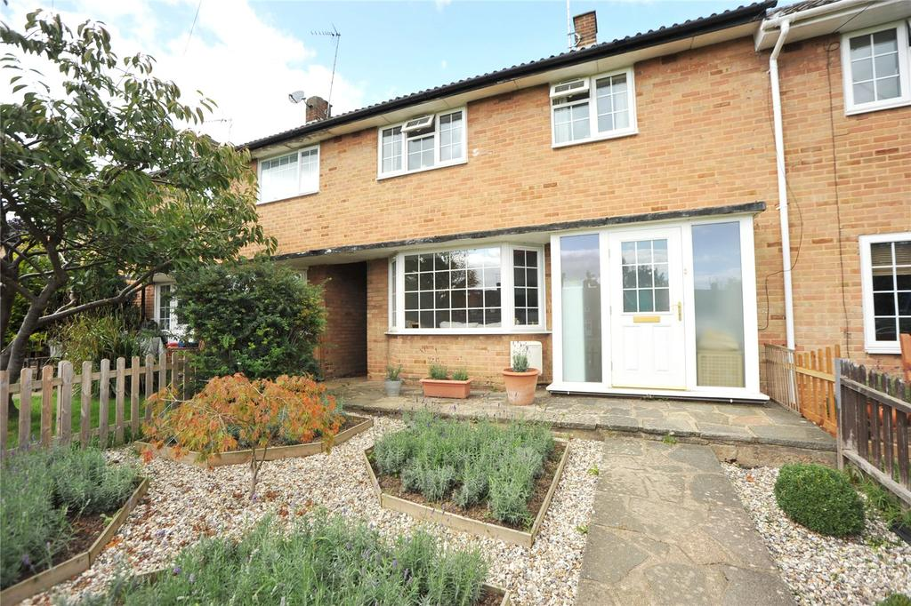 3 Bedrooms Terraced House for sale in Thrift Green, Brentwood, Essex, CM13