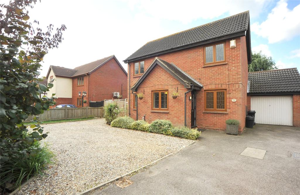 3 Bedrooms Detached House for sale in Sanderson Close, West Horndon, Brentwood, Essex, CM13