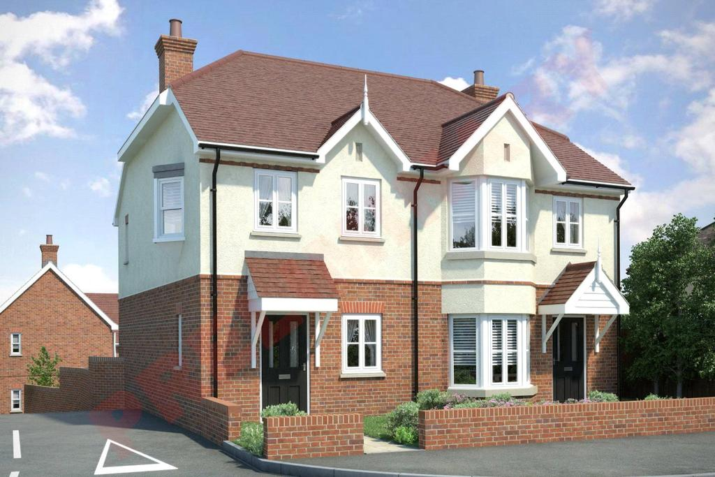 2 Bedrooms Semi Detached House for sale in Westwood Avenue, Brentwood, Essex, CM14