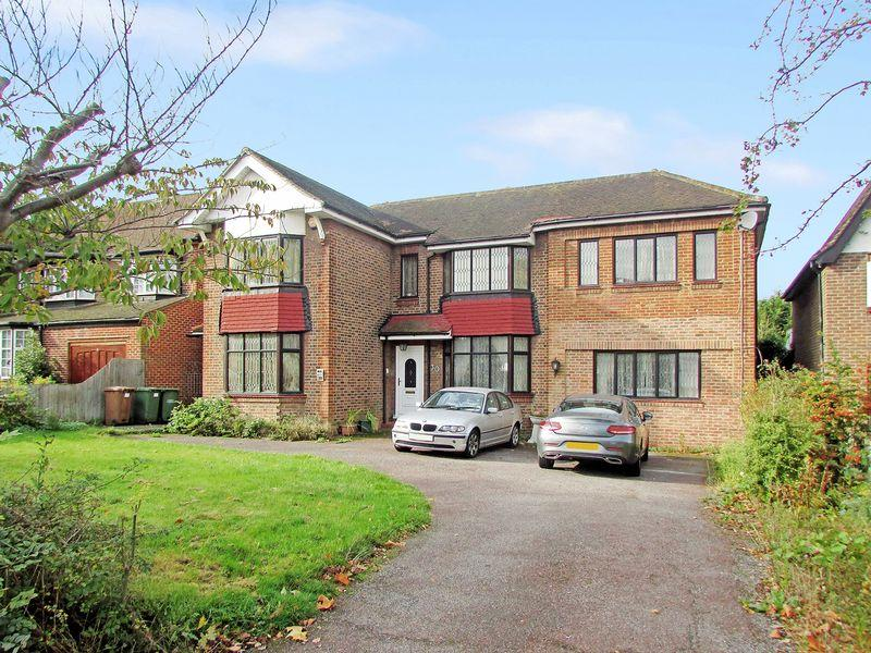 5 Bedrooms Detached House for sale in Danson Road, Bexleyheath