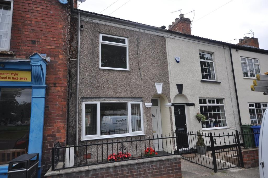2 Bedrooms Terraced House for sale in High Street, Rawcliffe