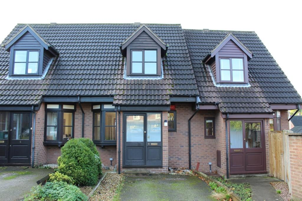 2 Bedrooms Mews House for sale in School Green, Clutton, Chester
