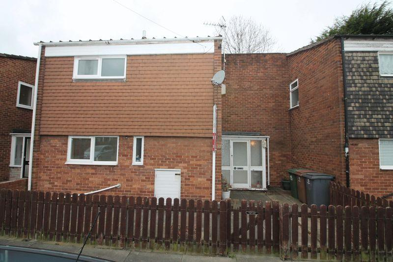 3 Bedrooms Terraced House for sale in Delamere Close, Prenton