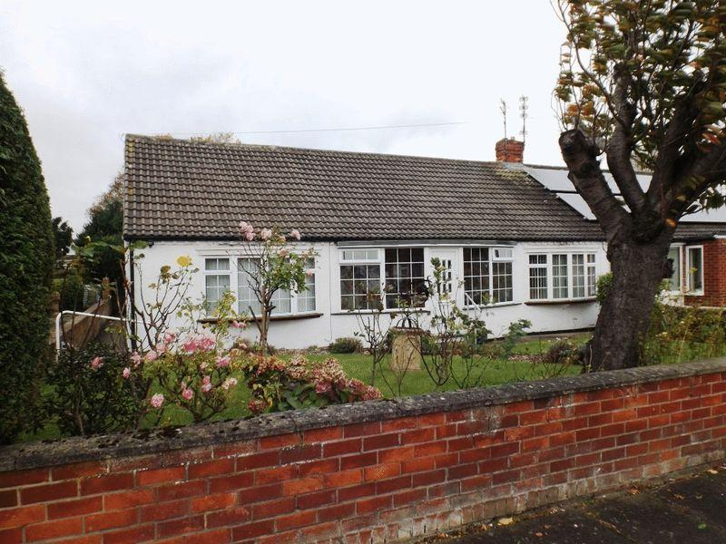 4 Bedrooms Bungalow for sale in Beech Avenue, Morpeth
