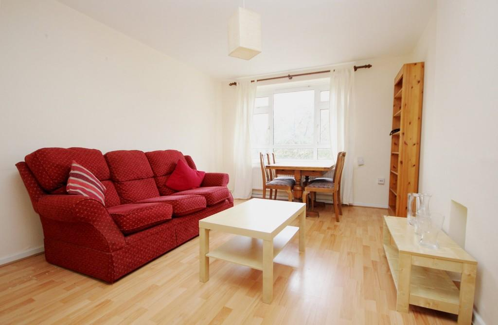 1 Bedroom Apartment Flat for sale in Holly Park Estate, London