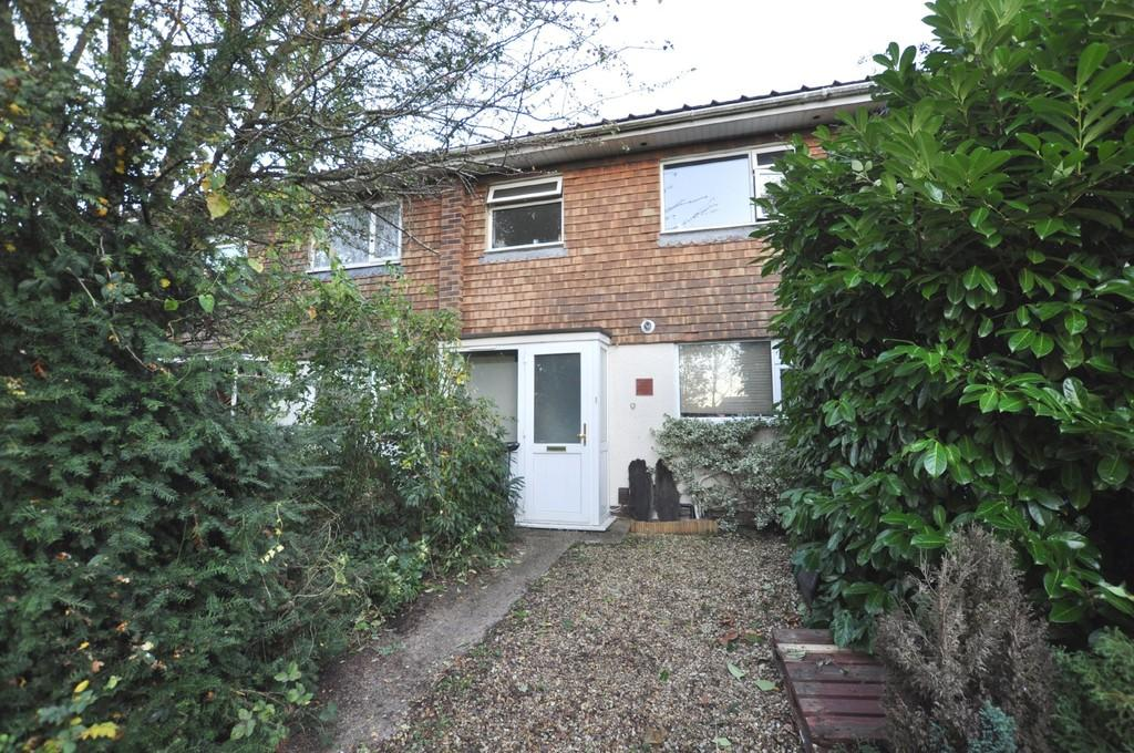 3 Bedrooms Terraced House for sale in Johnston Green, Guildford