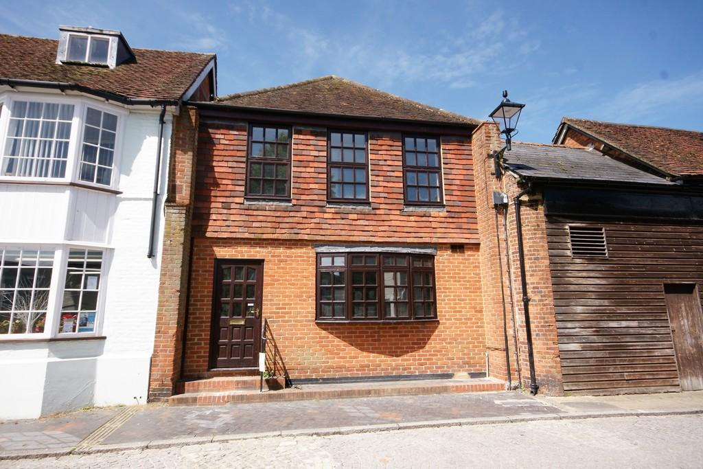 Studio Flat for sale in Cross Pillory Lane, ALTON, Hampshire