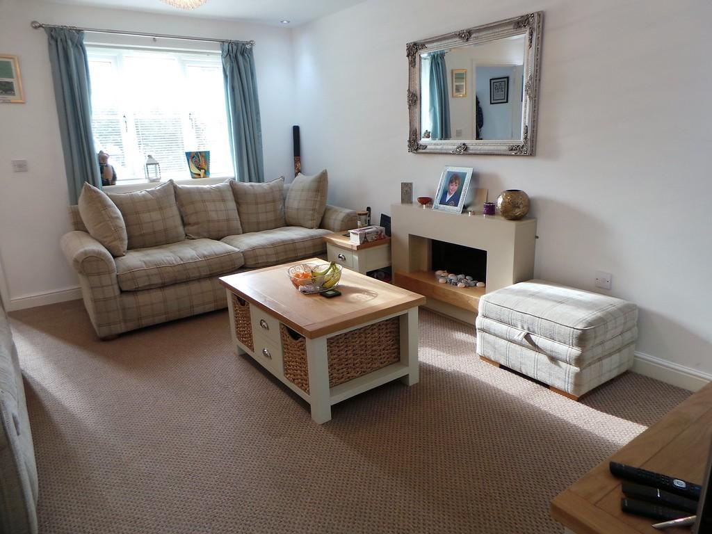 4 Bedrooms Mews House for sale in 30 Farnham Close, Barrow-in-Furness LA13 0GP