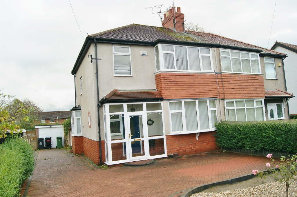 3 Bedrooms Semi Detached House for sale in Chester Road, Wrexham