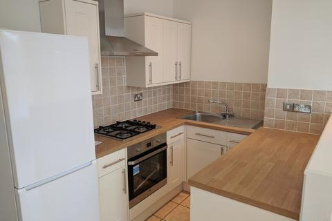 2 bedroom flat to rent - Waverley Road, Southsea, PO5 2PF