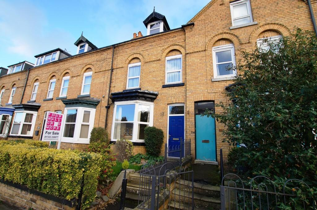 4 Bedrooms Terraced House for sale in Nares Street, Scarborough