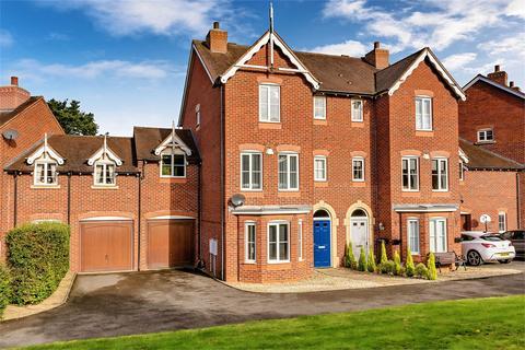 4 bedroom terraced house for sale - 16 Stoneleigh Grove, Muxton, Telford, Shropshire, TF2