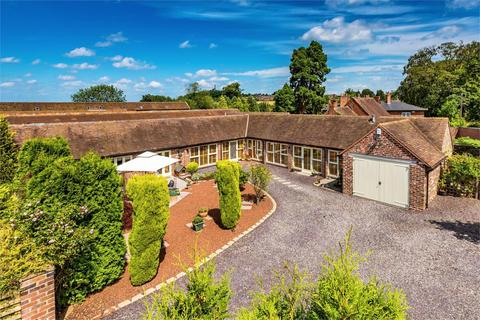 5 bedroom bungalow for sale - The Bullpen, Honnington Grange Farm, Wellington Road, Honnington, Newport, TF10