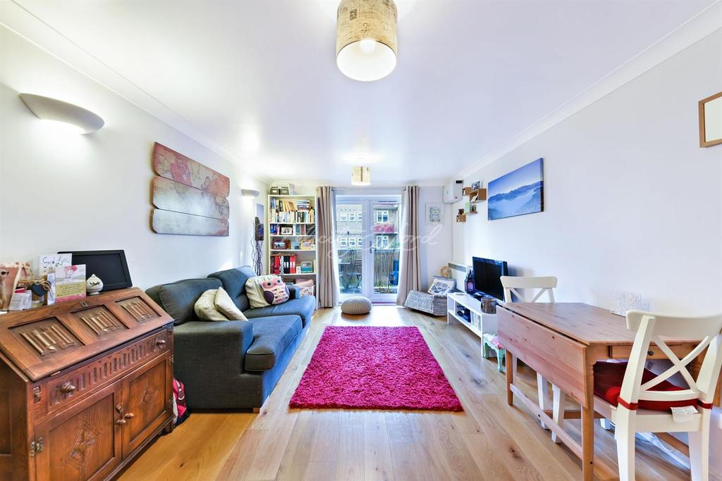 1 Bedroom Flat for sale in Autumn House, Alkham Road, N16