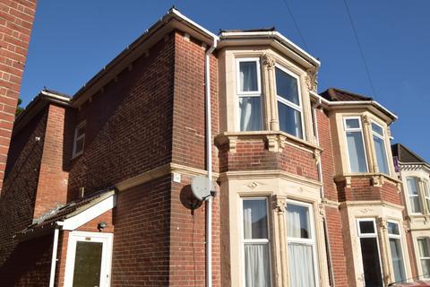 4 bedroom flat to rent - Portswood